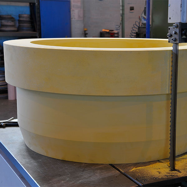 conductor wear sheaves for the oil sector